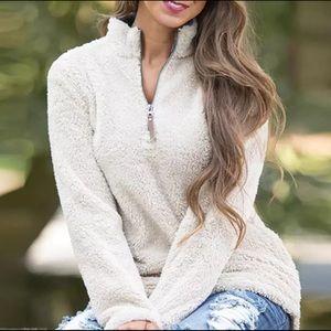 Sweaters - ✨NEW ARRIVAL✨ Tan Sherpa Fleece